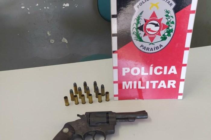 Polícia apreende arma de fogo com homem que já havia sido preso em Campina Grande