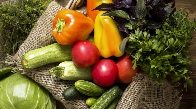 Prefeitura de Monteiro distribui verduras e hortaliças a moradores da zona rural