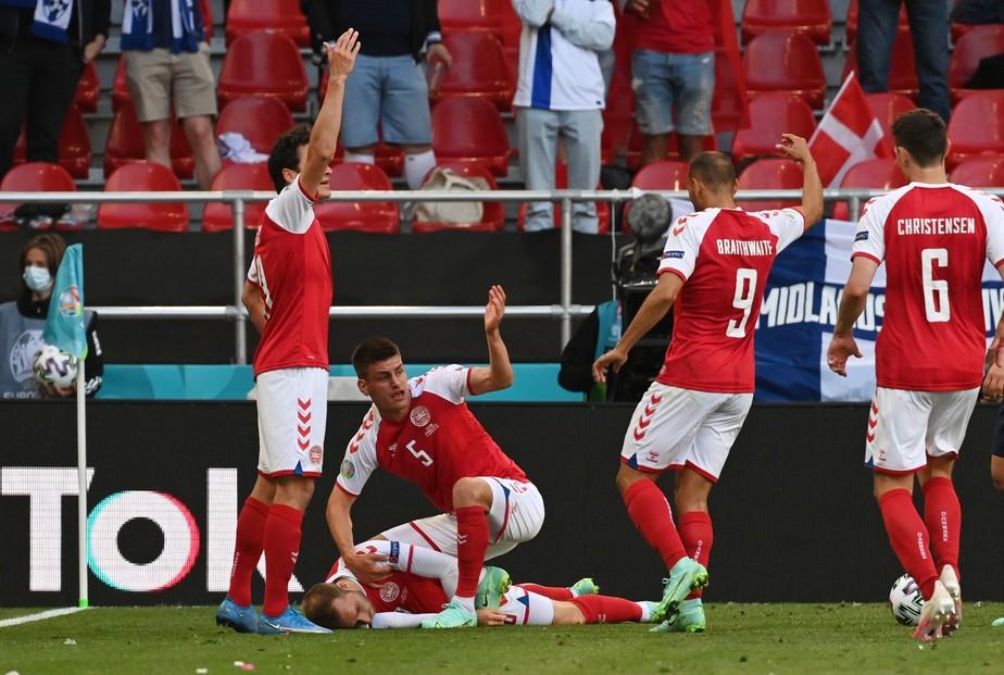 Jogador sofre parada cardíaca durante jogo da Eurocopa