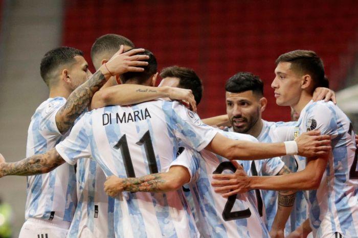 Copa América: Argentina derrota Paraguai e assume ponta do Grupo A