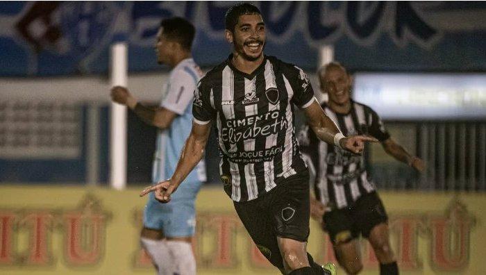 Botafogo-PB vence Paysandu fora de casa e vira líder na Série C