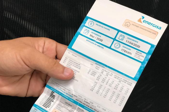 Ampliação de prazo para pagamento de conta de luz atrasada é aprovada na Paraíba