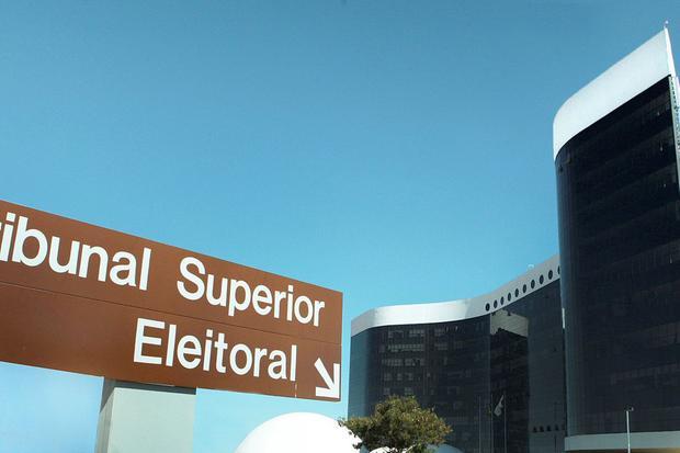 TSE dá 15 dias para Bolsonaro apresentar provas de fraude