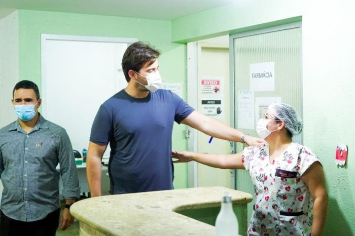 Bruno Cunha Lima anuncia instalação de novos leitos em Campina Grande