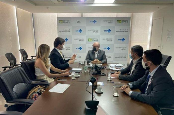 Bruno Cunha Lima garante cota extra de vacinas e ampliação de leitos covid-19 para CG