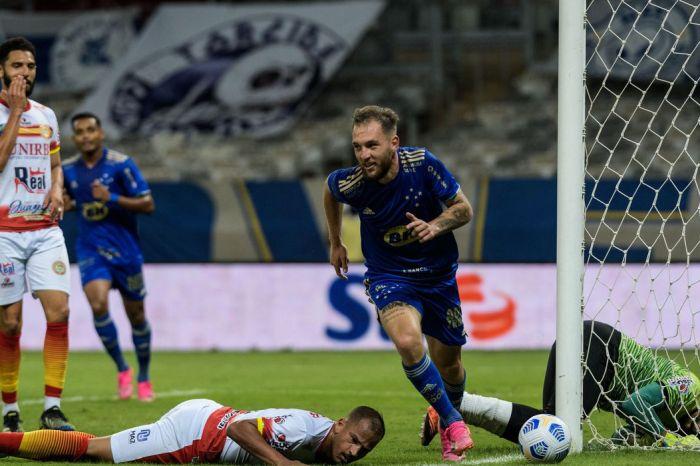 Copa do Brasil: Cruzeiro supera Juazeirense e fica perto das oitavas