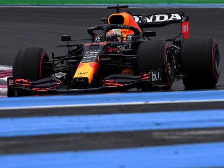 Verstappen supera Hamilton e fica com a pole para o GP da França