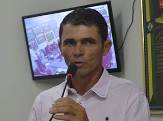 Justiça afasta, novamente, prefeito de cidade do Cariri suspeito de pedir propina para contratar show
