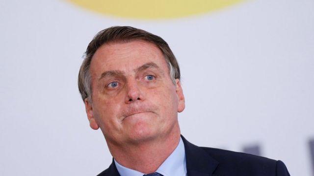 Ex-cunhada implica Bolsonaro em esquema das rachadinhas