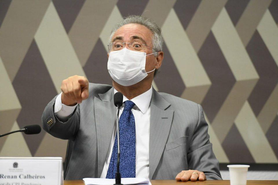 'Bolsonaro não vai ganhar no grito', diz Renan Calheiros sobre pressão por voto impresso