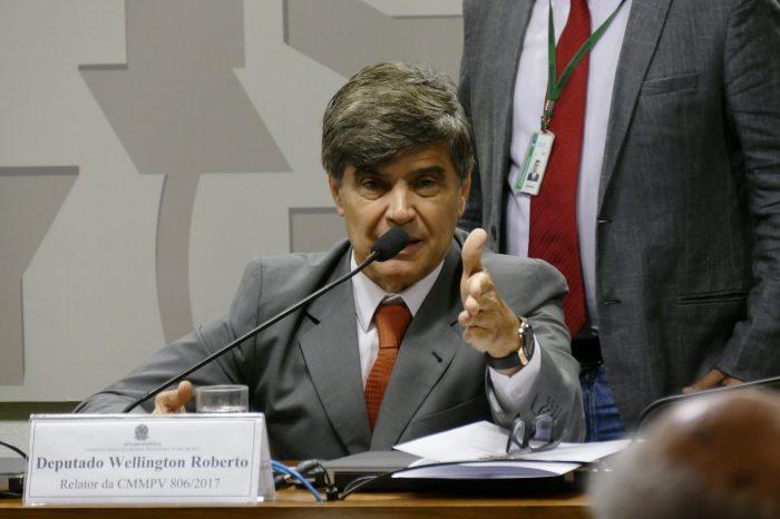 """""""Ele não fez nada na Reforma e quer tirar proveito"""", diz Wellington Roberto sobre Aguinaldo Ribeiro"""