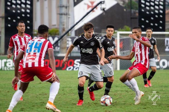 Náutico cede empate para o Vasco no fim do jogo pela Série B