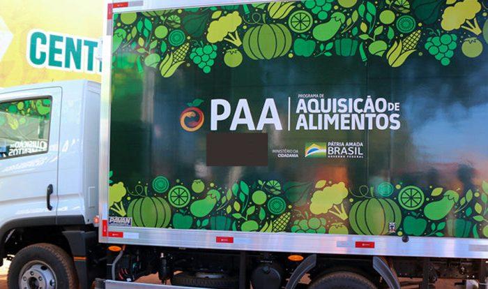 Prefeitura de Cabaceiras entrega 3 veículos à população, nesta segunda-feira