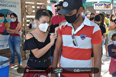 Secretaria de Saúde de Amparo realiza dia D de Vacinação contra a Influenza e zera estoque de vacinas