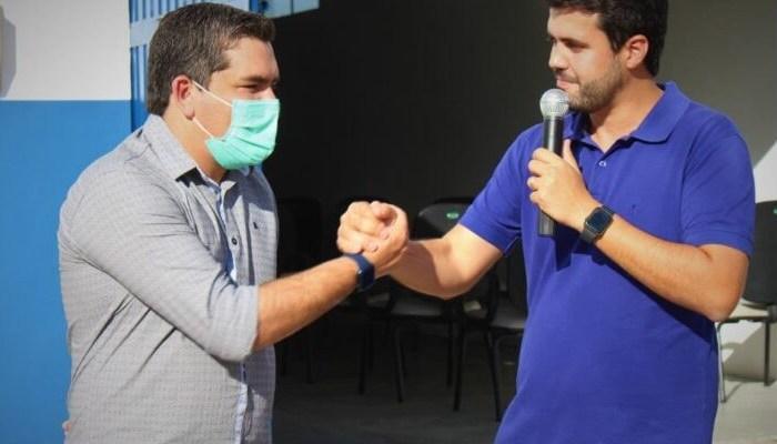 Wilson Filho visita Coxixola e recebe apoio do prefeito Nelsinho Honorato