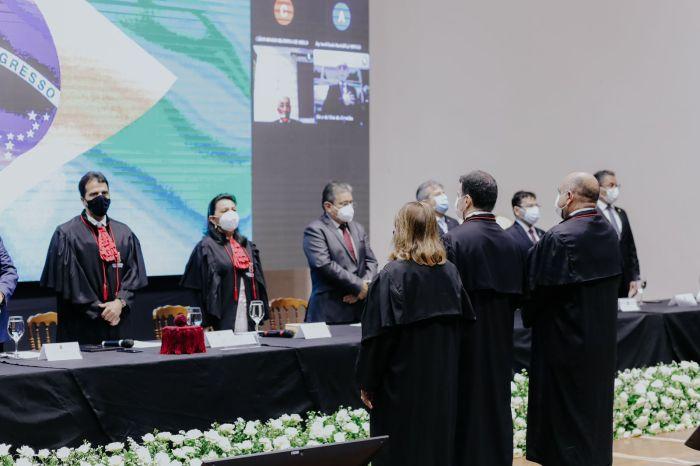Deputados prestigiam posse de Antônio Hortêncio como procurador-geral de Justiça