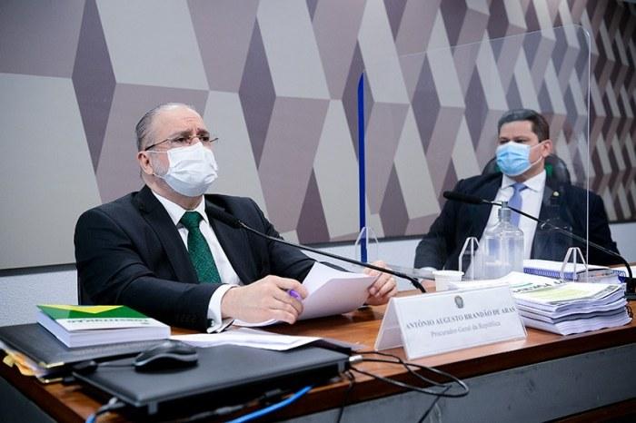 CCJ do Senado aprova por 21 a 6 recondução de Augusto Aras ao comando da PGR