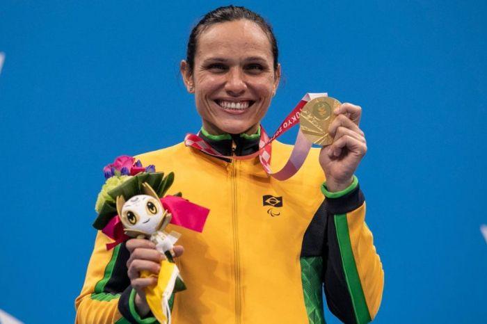 Tóquio: Carol Santiago fatura ouro e Gabriel Bandeira prata na natação