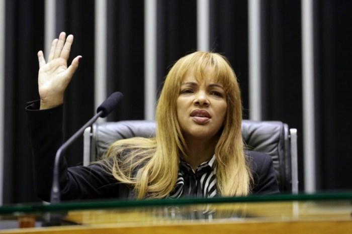 Ministério Público do Rio defende júri popular para Flordelis