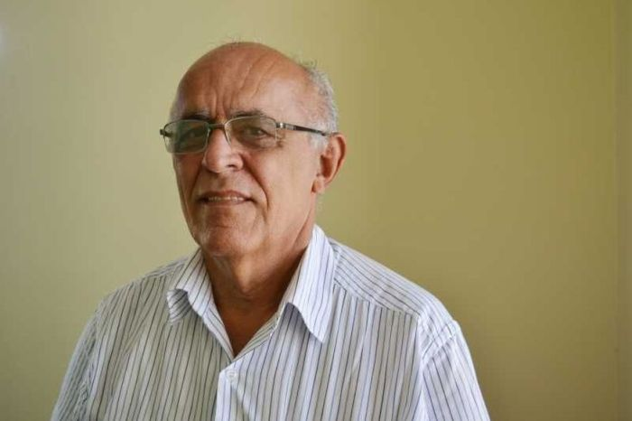 Morre em Campina Grande o médico Rafael Holanda, aos 75 anos, vítima de covid-19