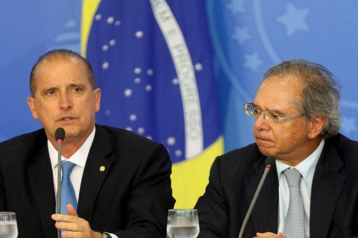 Paulo Guedes e Onyx Lorenzoni fazem críticas ao Senado sobre pautas econômicas