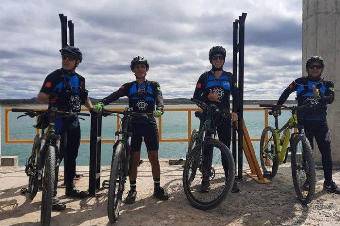 Grupo de ciclistas de Monteiro, percorre o eixo Leste da transposição do São Francisco