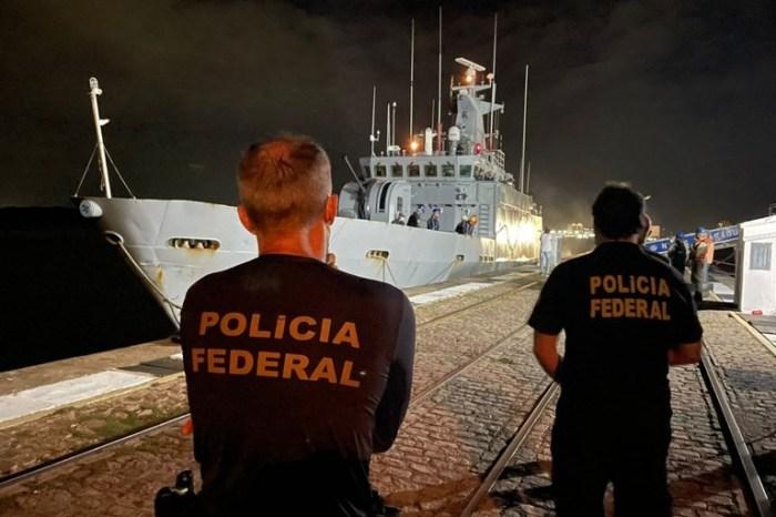 Policiais paraibanos ajudam apreender 600kg de haxixe perto de Noronha