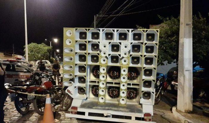 Poluição Sonora: Dono de bar é autuado com multa e tem aparelho de som apreendido em cidade do Cariri
