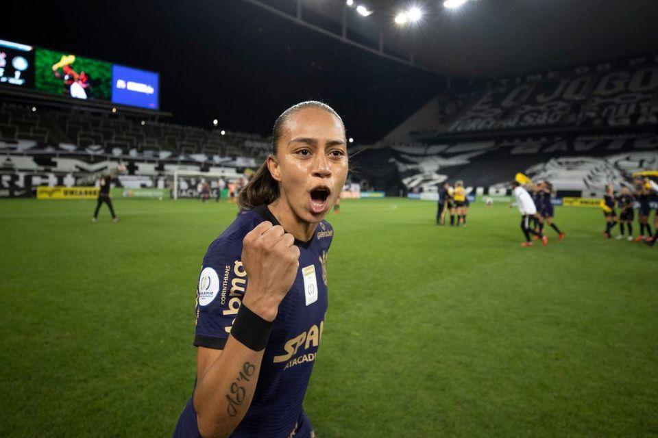 Piauiense atacante do Corinthians é eleita craque da final do Brasileirão feminino