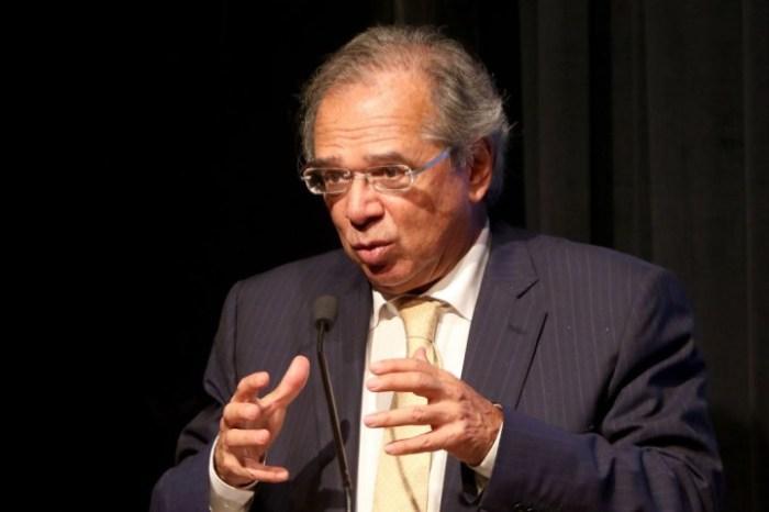 Paulo Guedes terá que explicar sociedade em offshore de paraíso fiscal a deputados