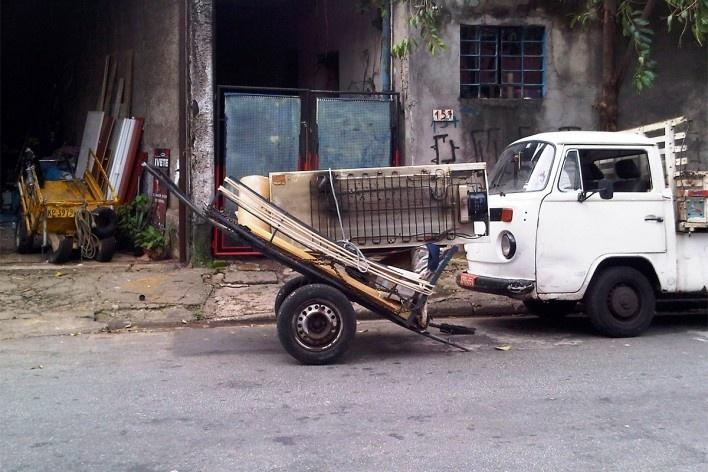 Carroça de transporte de carga, Grotão da Bela Vista<br />Foto Abilio Guerra