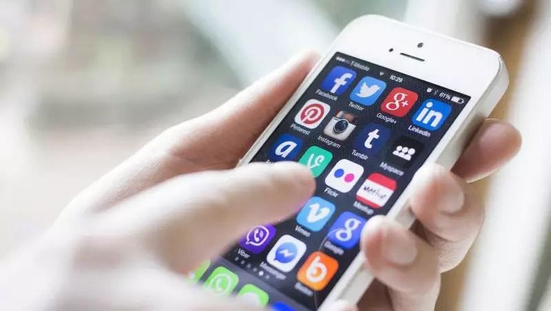 Não desabafe nas redes sociais, converse com um psicólogo