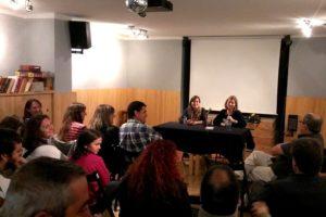 La presentació es va acabar convertint en un debat sobre l'actualitat dels castells // Jordi Julià