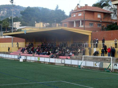 Era el partit de la jornada i l'afició va omplir el camp // Adrià Casaín