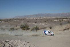 Foj superant una de les grans esplanades on, els més valents, aprofitaven per avançar // Foj Motorsport Coopertires