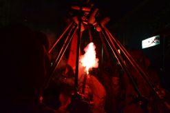 Els Diables de Valls encenent les seves torxes