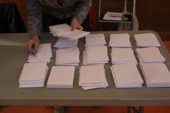 Cada mesa va organitzar el recompte lliurement// Laura Herrero