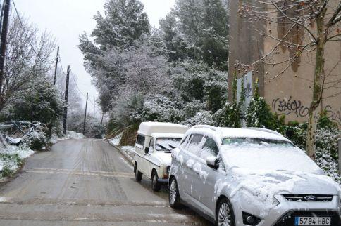 El camí per accedir al Castell Ciuró, emblanquinat // Eilisenda Colell