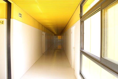 Les obertures donen llum als passadissos // Jordi Julià