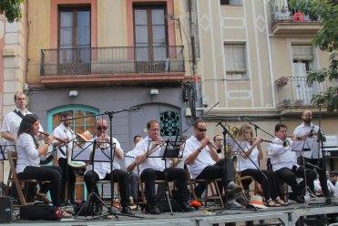 L'Inxa Brass Band de Vilanova posava la música // Jordi Julià