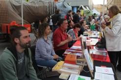 Parada 'Escriptors km 0' de Viu Molins de Rei // Jordi Julià