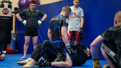 working mount escapes in the manchester mma class
