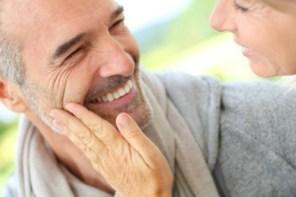 Cómo enamorar a un hombre de más de 50 años