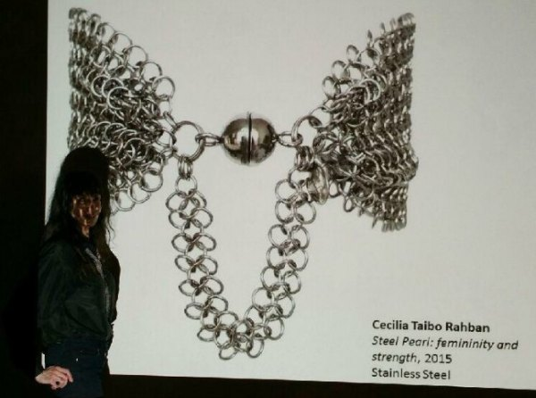 Cecilia´s Steel & the woman behind the jewelry