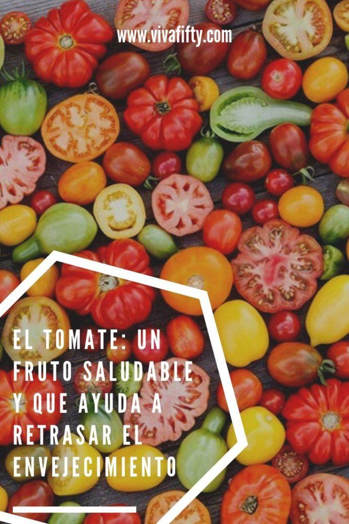 El tomate no es un vegetal, sino una fruta. Además de ser saludable, tiene efectos antioxidantes, lo cual combate los efectos del envejecimiento.