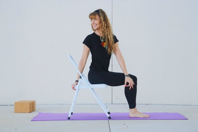 5 Yoga poses you can do sitting in a chair