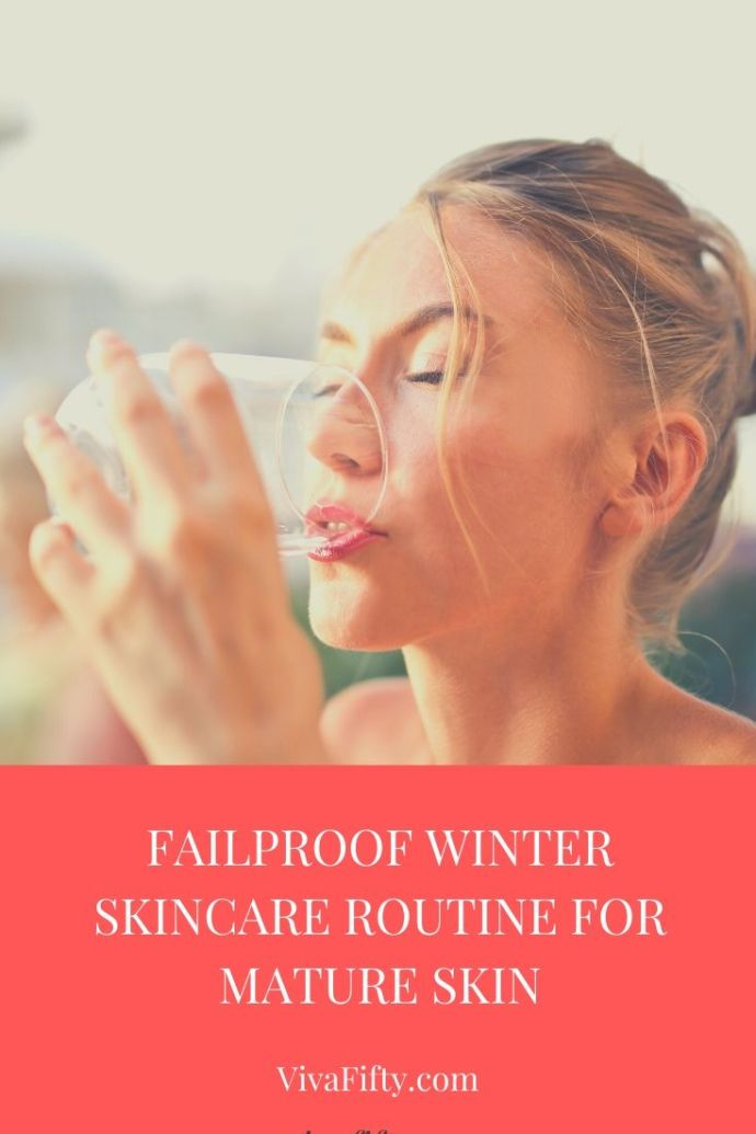 Mature skin needs a little more care during the winter months. Here is our tried and true skincare routine for the cold months.