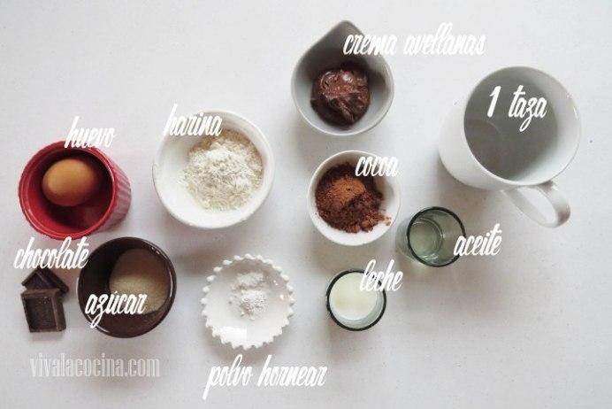 Ingredientes para preparar la receta de Mug Cake de Chocolate y Crema de Avellanas