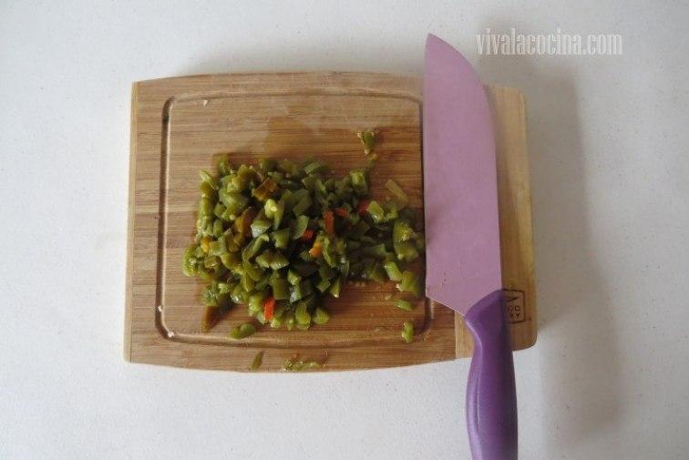 Picar el chile jalapeño