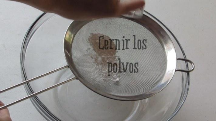 Cómo cernir los polvos de hornear
